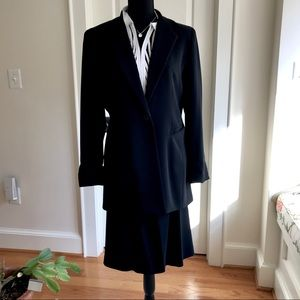 Gianni suit separates, blazer 12, skirt 14 black